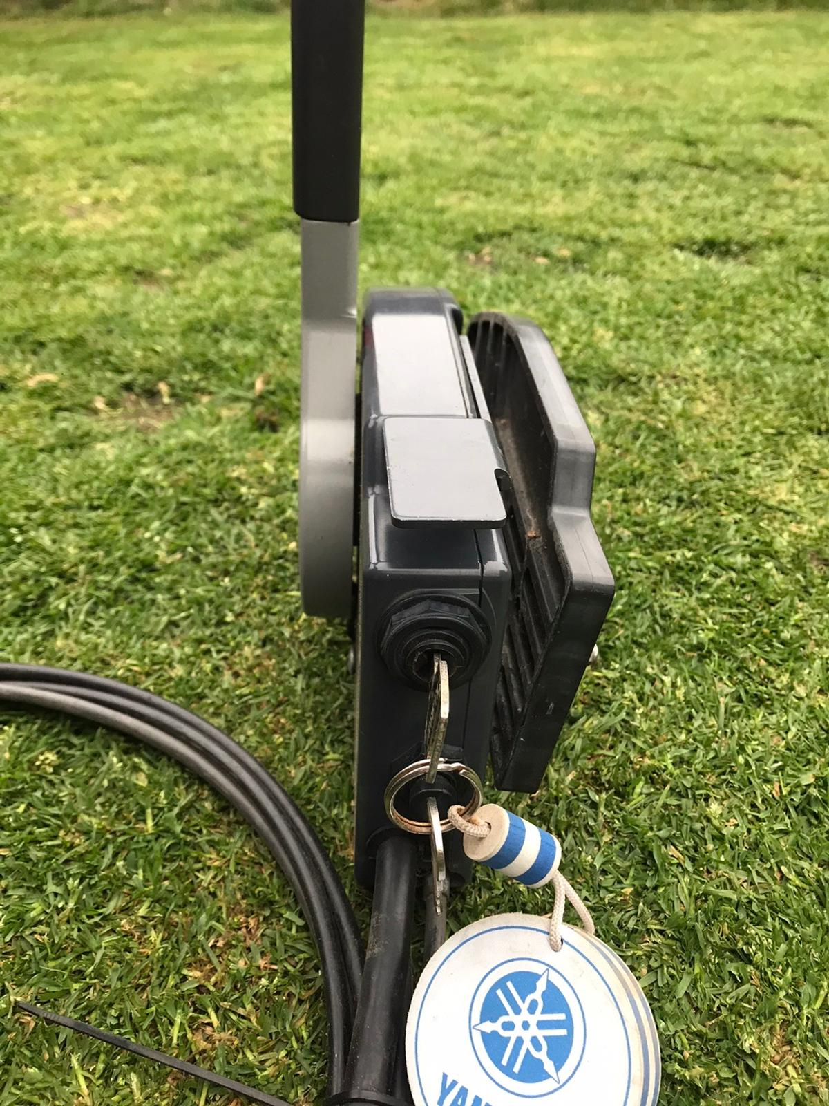 Yamaha 703 Remote Control Box - Outboard Motor, 10pin Trim / Tilt With key Throttle cables  Collection Caton nr Lancaster