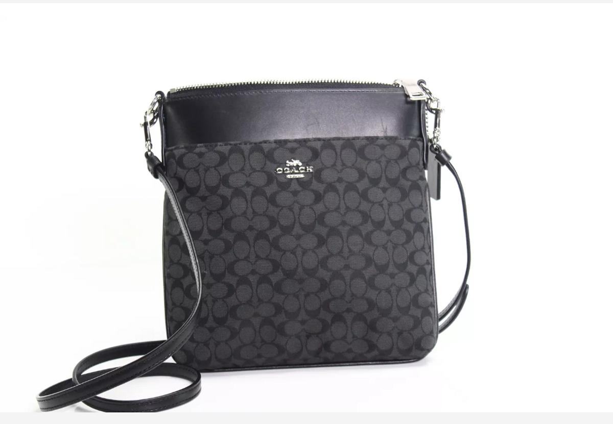 New coach crossbody org price $140 Selling for $80