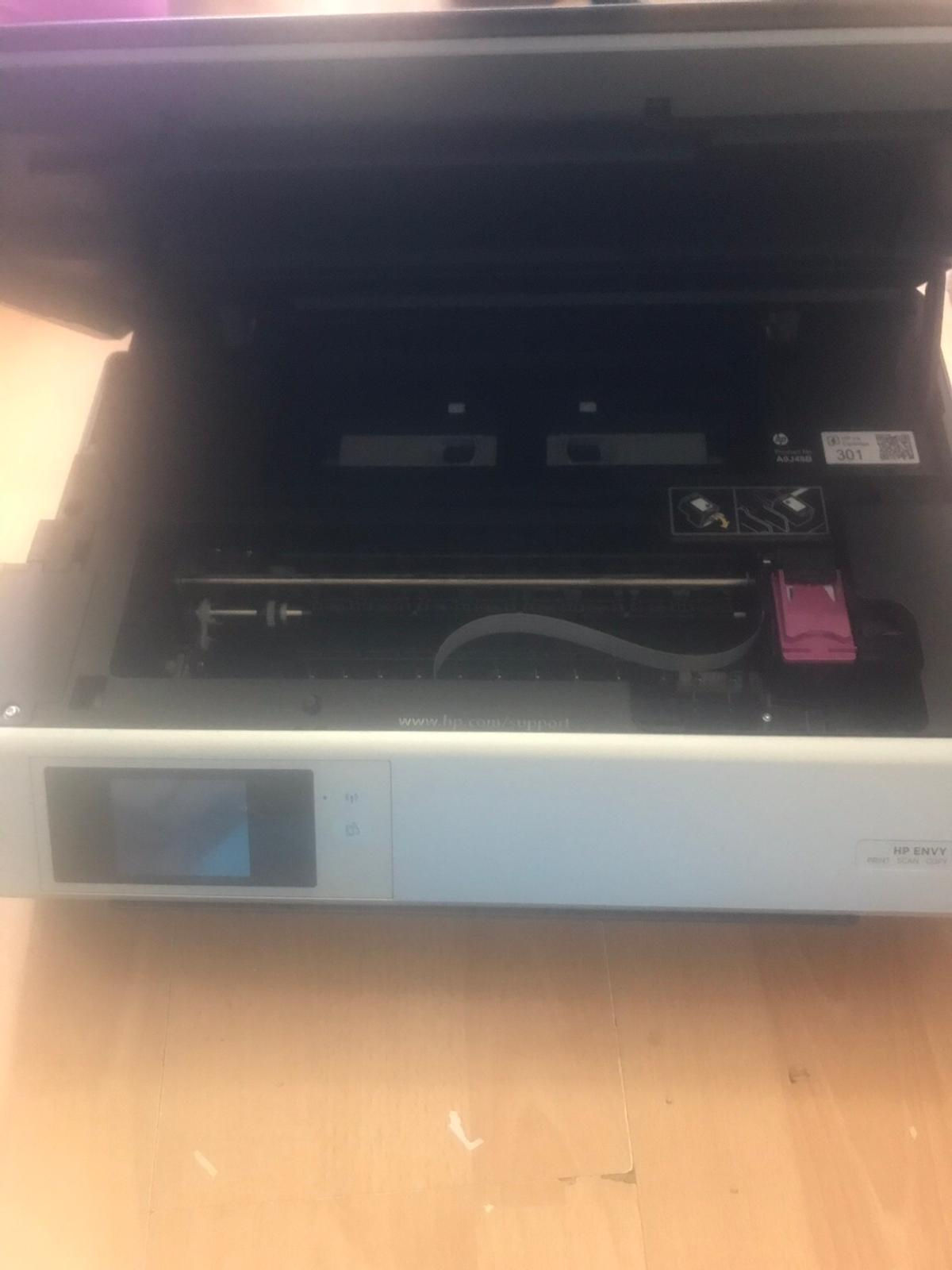 HP ENVY 5532 printer copier scanner. Power cable and usb cable attached. No ink Buyer collects
