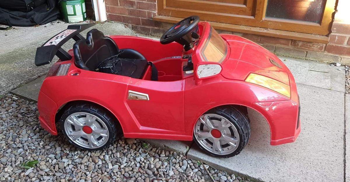 Electric car with working headlights and electric accelerator pedal. Price includes mains charger plug, car fully operational and in great condition.