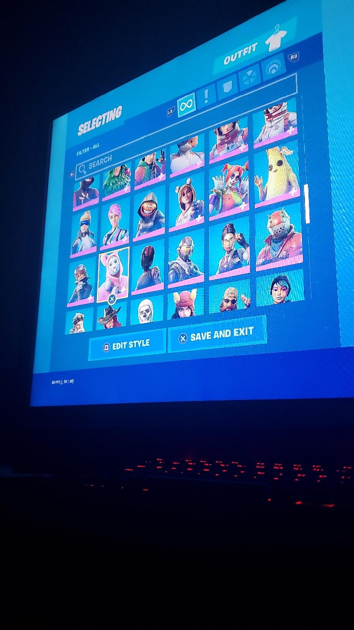 150+ skins couldn't fit last photos
