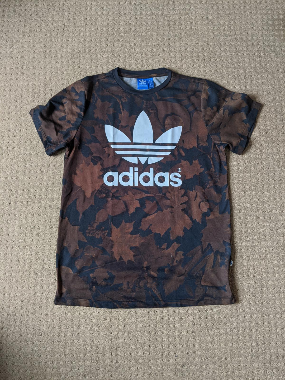 Chispa  chispear Decimal Hecho para recordar  Adidas t-shirt in SW2 Lambeth for £12.00 for sale   Shpock