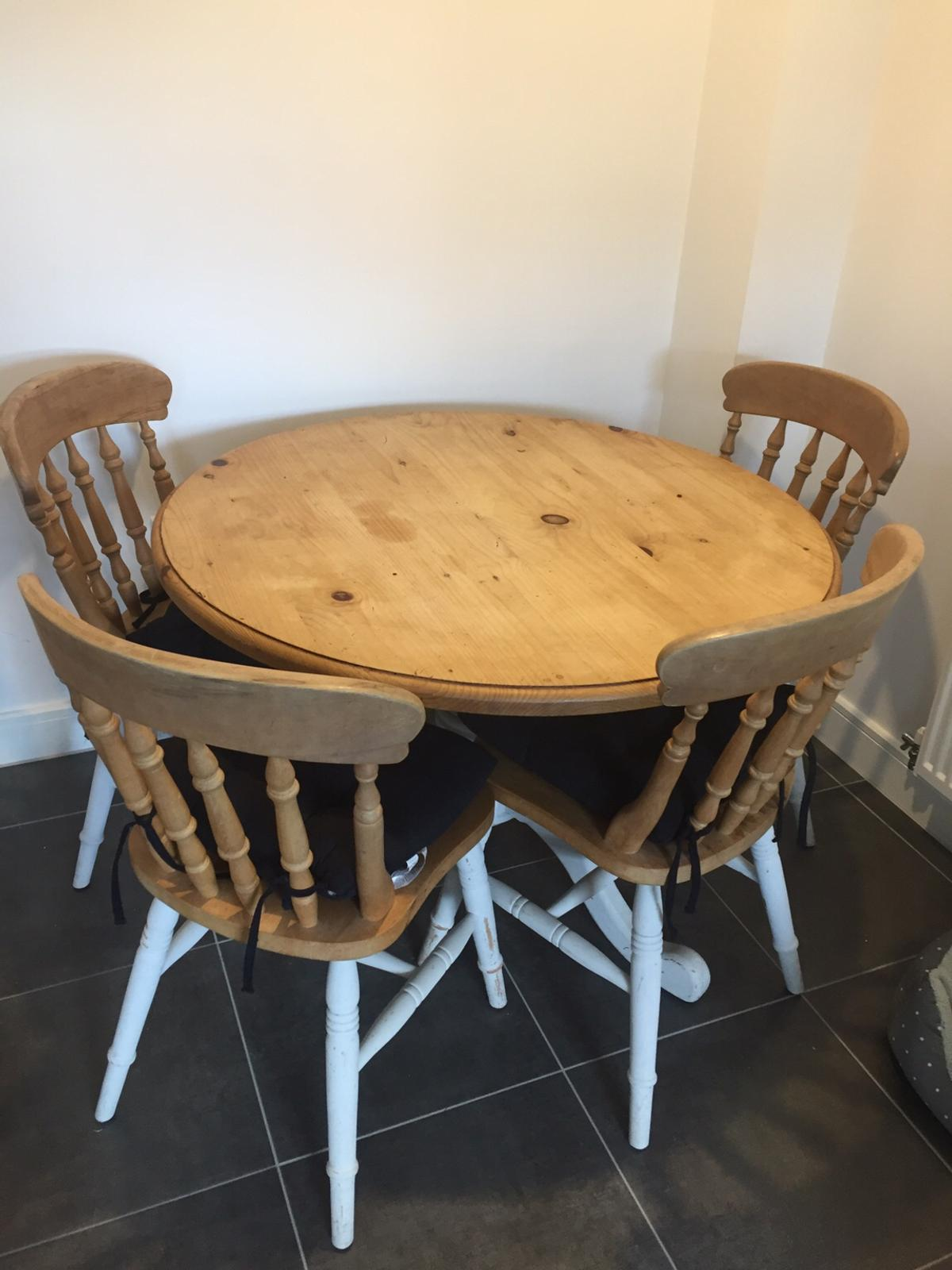 SOLID PINE WOOD DINING TABLE AND FOUR CHAIRS