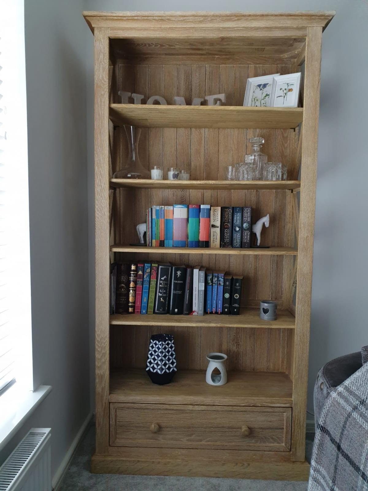 Oak Bookcase Coffee Table In B65 Sandwell For 250 00 For Sale Shpock