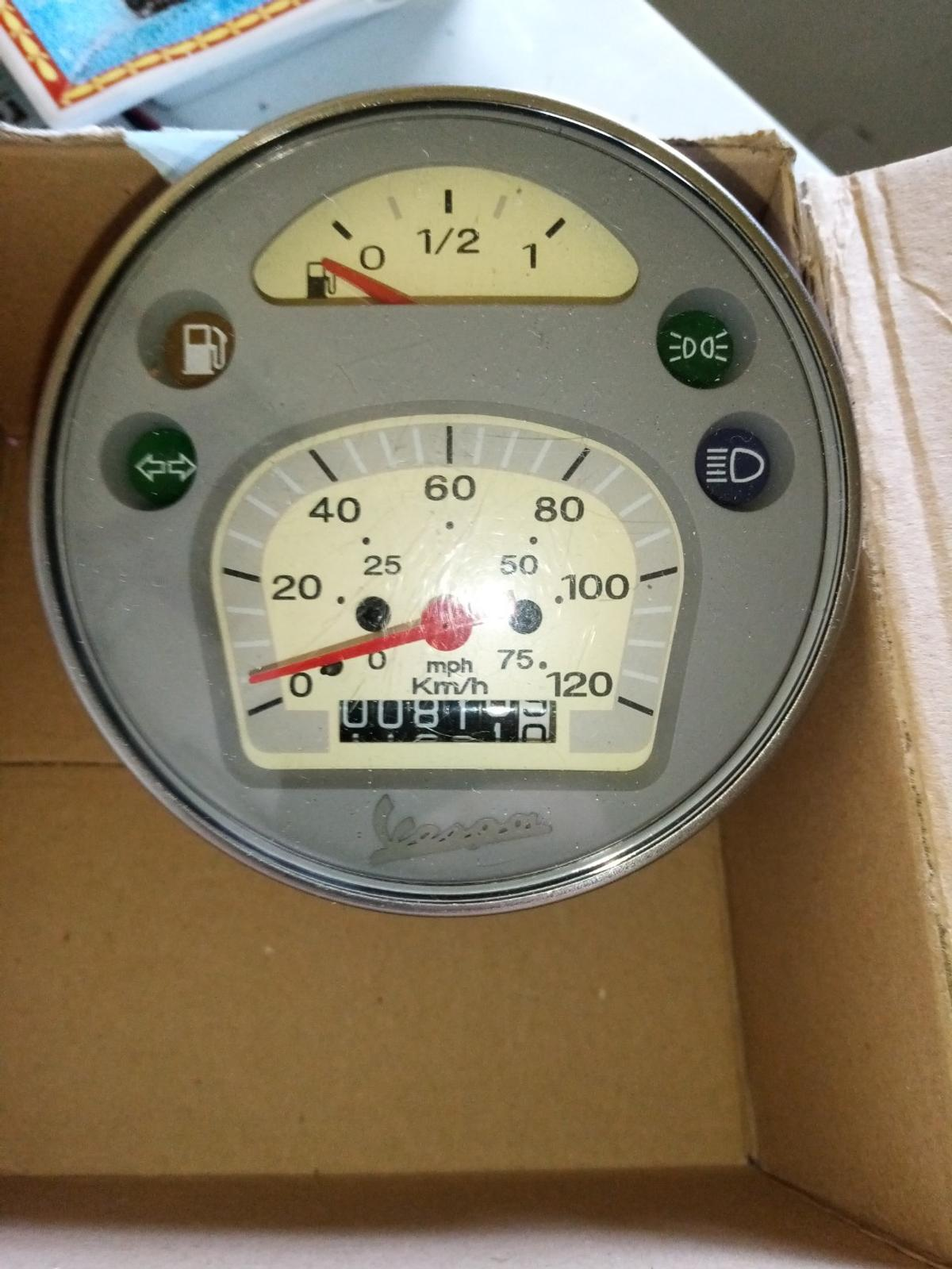 Vespa Px Speedometer In Ch46 Wirral For 50 00 For Sale Shpock