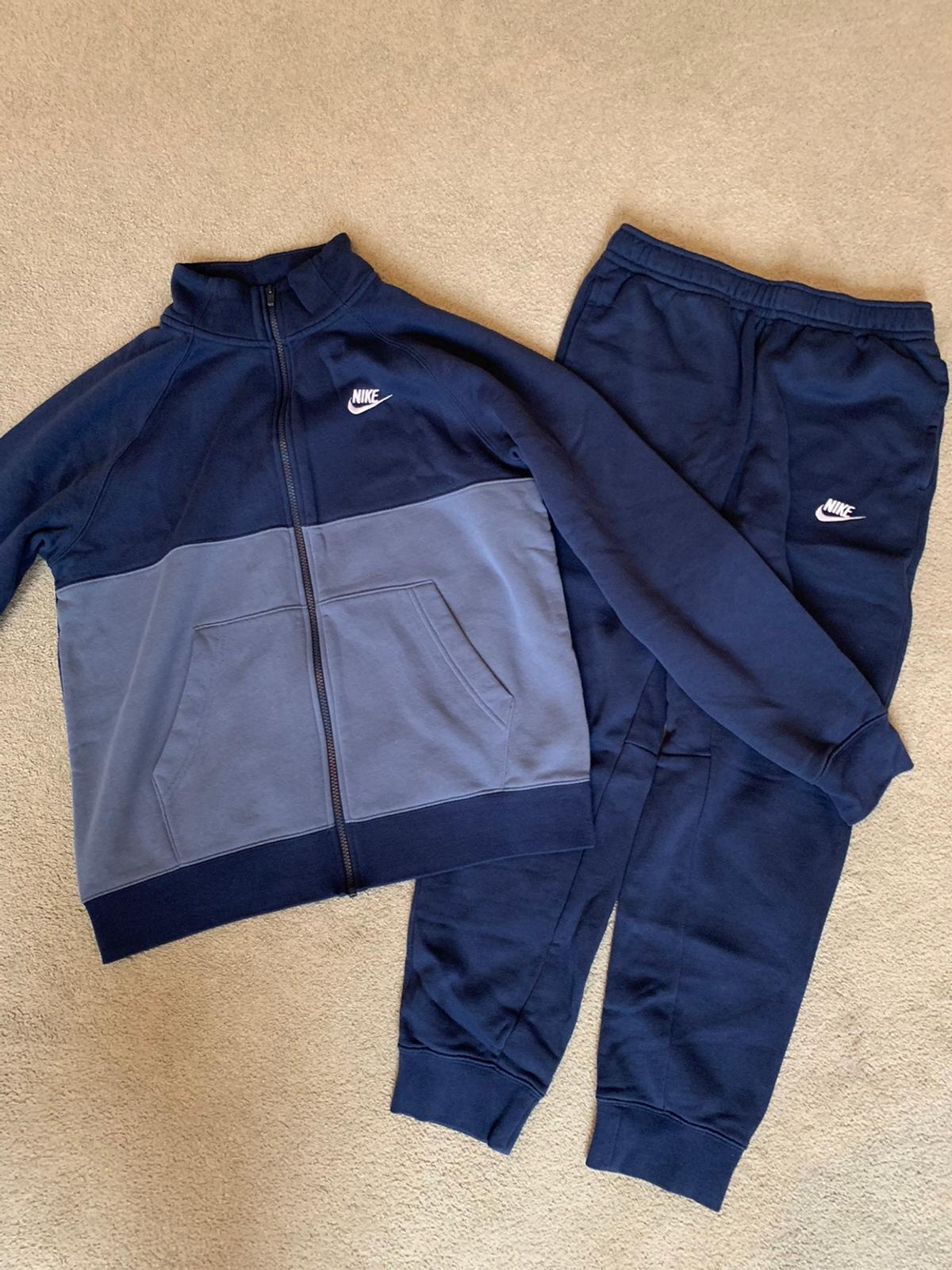 Mens Nike Chariot Tracksuit In Tandridge For 70 00 For Sale Shpock