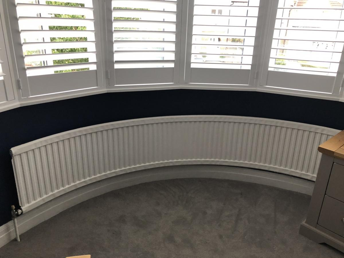 Bay Window Curved Radiator Heater In Br7 Bromley For 80 00 For Sale Shpock