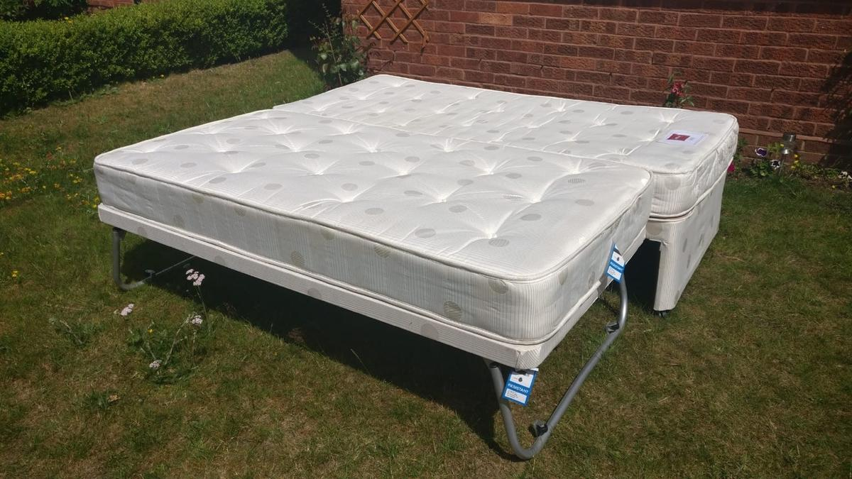 Picture of: Airsprung Smeeth Single Bed With Pull Out Bed In Gu52 Hart For 50 00 For Sale Shpock