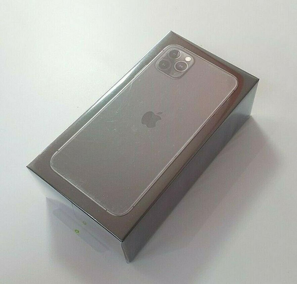 Space Grey Iphone 11 Pro Max And Airpods In Ne23 Cramlington For 750 00 For Sale Shpock