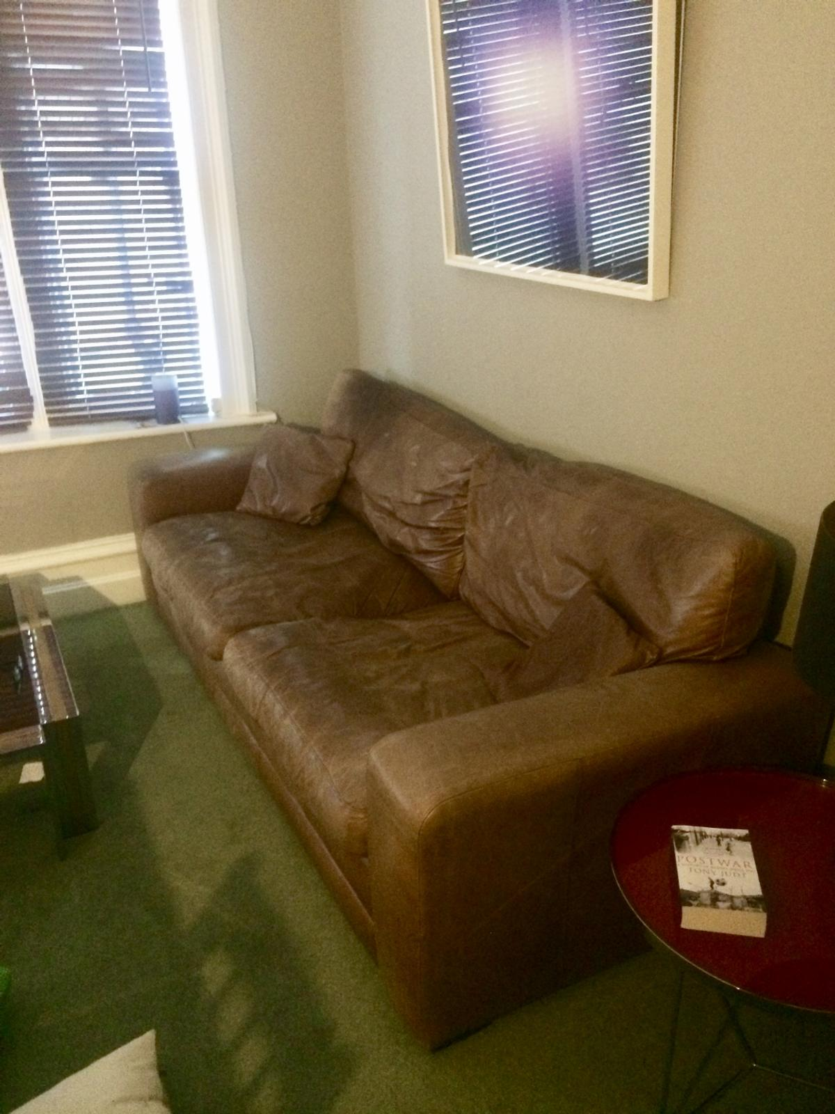 Picture of: Huge Comfy Good Quality Leather Sofa In Se15 London For 325 00 For Sale Shpock