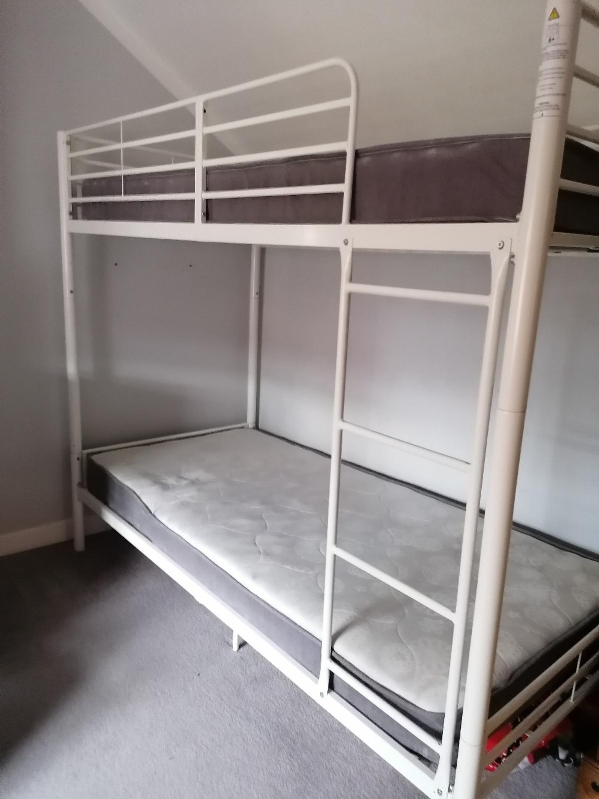 Picture of: Cream Metal Bunk Beds In Pe11 Holland For 50 00 For Sale Shpock
